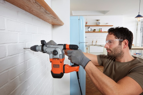 Black and Decker - 1250W SDSPLUS Borhammer og verktykoffert - BEHS03K