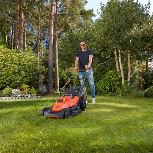 Black and Decker - GRESSKLIPPER 1800W 42CM med ergonimisk hndtak - BEMW481BH