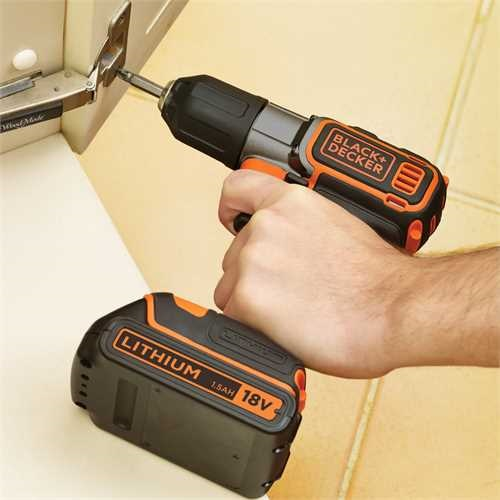 Black and Decker - 18V Drill 1 Batteri med Autoselect  Autosense Teknologi - ASD184K