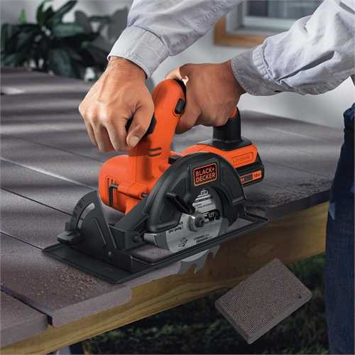 Black And Decker - 18V 140MM SirkelSag Naken - BDCCS18N