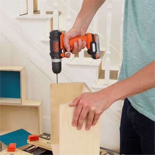 Black and Decker - Drill 12V USB uten batteri - BDCDD12USB