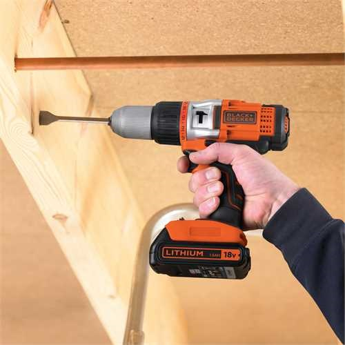 Black and Decker - Slagdrill High Performance 18V High med 1Ah 90 min lader  2 batterier - EGBHP1881BK