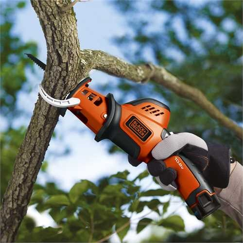 Black and Decker - Grensag 108V Lithium - GKC108