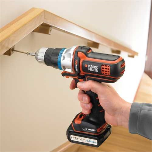 Black and Decker - Multiverkty 144V LIION - MT143K